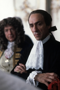 Amadeus filminden bir sahne-Salieri